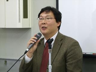 申龍徹教授